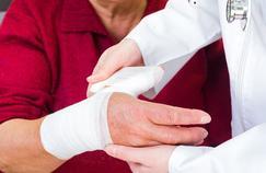 Prévenir les fractures liées à l'âge par l'activité physique