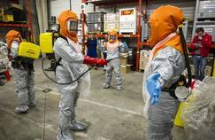 Ebola: dans les pas des volontaires de l'Eprus prêts à partir en Guinée