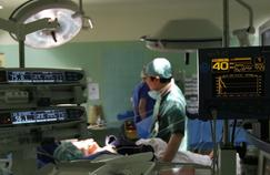 Une pétition s'élève contre la gestion de l'hôpital Foch par sa fondation