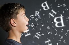 Cerveau: quand l'«effet miroir» gêne la lecture