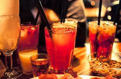 Surpoids : les calories de l'alcool dans le collimateur
