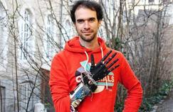 Une prothèse de main robotisée en impression 3D