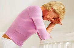 Ménopause : le traitement hormonal reste controversé