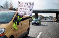 La Réunion obtient le gel de la taxe sur les carburants