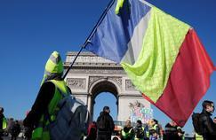 «Gilets jaunes» : interpellations à Clermont-Ferrand, rassemblement à Paris