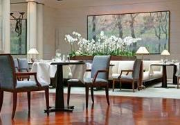 le figaro bob 39 s kitchen paris 75003 cuisine fran aise nord am ricaine. Black Bedroom Furniture Sets. Home Design Ideas