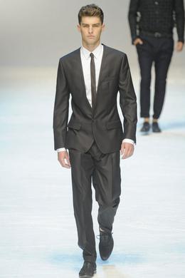57d0b138b713 Défilé Dolce   Gabbana Printemps-été 2012 Homme - Madame Figaro