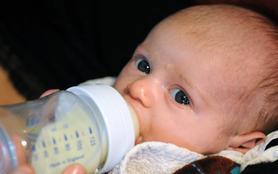 Bébés en danger : une nouvelle vie en pouponnière