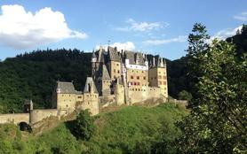 Les châteaux du Moyen Âge (1/2)