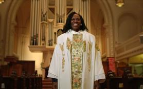 Une femme prêtre, la passion selon Myra