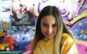 Gabby Duran, baby-sitter d'extraterrestres
