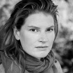 Charlotte Dumas