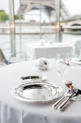 Restaurant Ducasse sur Seine