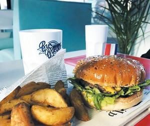 Restaurant Bus Burger