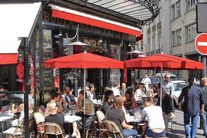 Lire la critique : Café Charlot