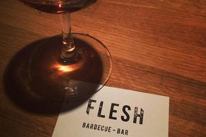 Lire la critique : Flesh