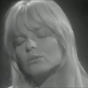 Marion cotillard amp melanie laurent dikkenek - 4 3