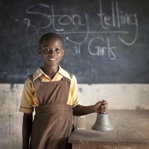 Une petite fille de Pokuase, au Ghana