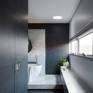 luxe et bien tre dans une salle de bain parentale madame figaro. Black Bedroom Furniture Sets. Home Design Ideas