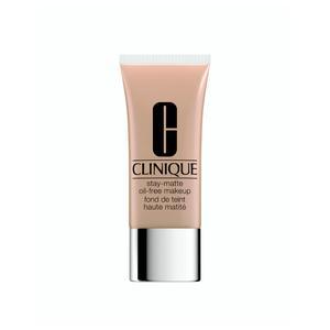 DP M.A.C Cosmetics Notre sélection de maquillage pour peau grasse - Clinique d6ea709c04c