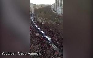 Marche républicaine : la foule rend hommage aux policiers