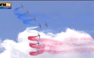 Salon du Bourget: le show de la patrouille de France