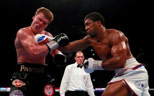 Joshua met KO Povetkin au terme d'un combat grandiose