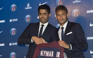 Tour Eiffel, «Gold», commissions… Les chiffres XXL de Neymar au PSG