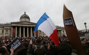 De Sydney à Beyrouth, des dizaines de milliers de personnes marchent pour la France