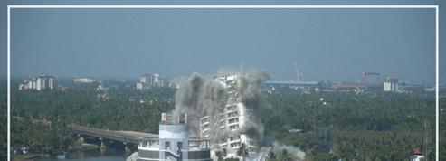 Inde: deux tours de luxe détruites pour violation des règles environnementales