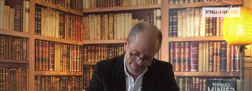 Bernard Minier fait face à la Dictée du Figaro