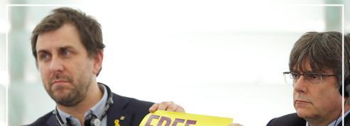Le Catalan Carles Puigdemont remonté contre Madrid pour sa première session d'eurodéputé