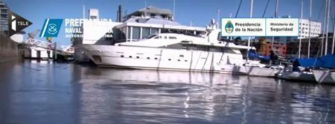 Argentine : une baleine perdue dans le port de Buenos Aires