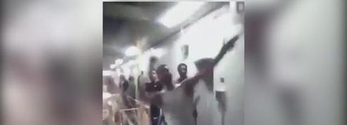 Scènes d'émeutes dans la prison de Bedford (Royaume-Uni)