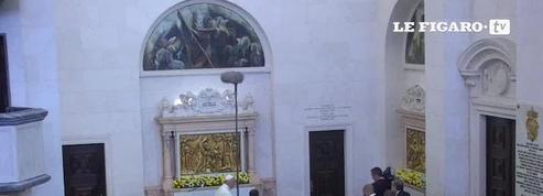 Le pape François canonise deux bergers de Fatima