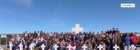 200 Argentins, proches de soldats, se recueillent aux Malouines