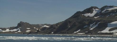 Ces rochers sont nouveaux dans le paysage de l'Antarctique