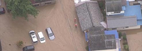 Des pluies torrentielles font plusieurs dizaines de morts au Japon