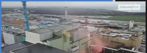 Greenpeace a déposé un fumigène sur le site nucléaire français de La Hague