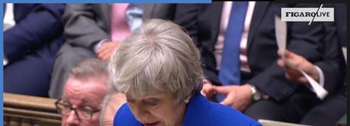 Theresa May invite les dirigeants de l'opposition à dialoguer