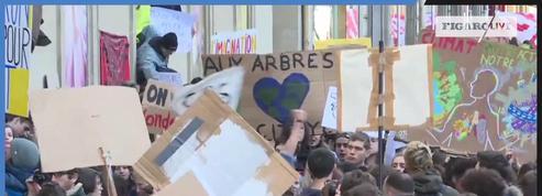 «Grève pour le climat» : les jeunes Français manifestent à Paris