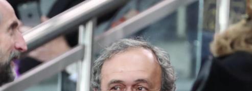 Attribution du mondial 2022 au Qatar: Platini placé en garde à vue