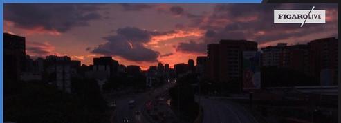 Venezuela : timelapse de Caracas affectée par une panne d'électricité