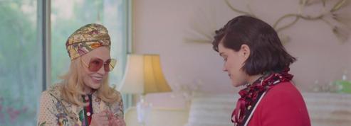 La campagne du sac Sylvie de Gucci avec Faye Dunaway et Soko