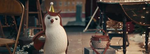 Selena Gomez, star de la campagne de Noël animalière de Coach