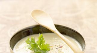 Crème de chou-fleur safranée