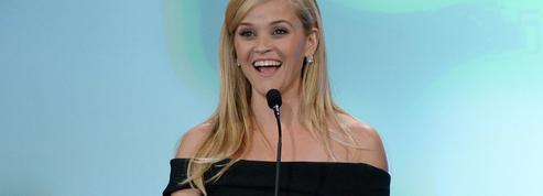 Reese Witherspoon va porter l'histoire de Barbie sur grand écran