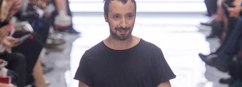 Anthony Vaccarello remplace Hedi Slimane chez Saint Laurent