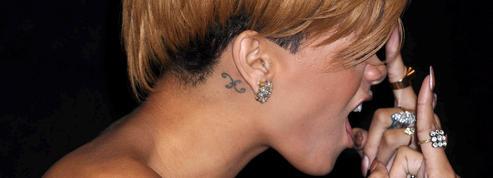 Rihanna, Adele, David Beckham : grandes stars et mini-tattoos