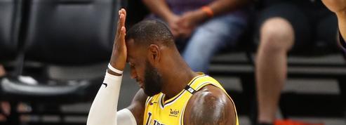 Play-offs NBA : éliminés dès le premier tour, James et les Lakers tombent de très haut
